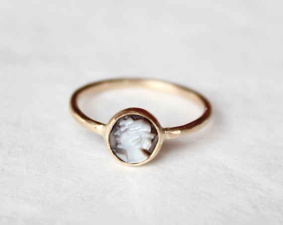 Vintage Cameo Ring, handmade in 14K gold