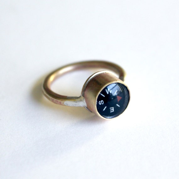 Compass Ring, handcrafted in brass, working compass