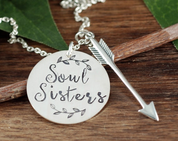 Soul Sisters Necklace, Besties Gift , BFF Necklace, Best Friend Gift, Arrow Necklace, Arrow Gift, Gift for Her, Gift for Girlfriend