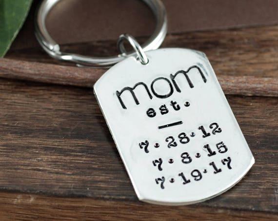 Est Mom Keychain, Keychain For Mom, Personalized Key Chain for Mom, Mothers Keychain, Gift for Mom, Mother's Day Gift, Key Chain for Mommy