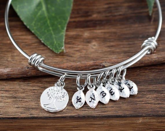 Grandma Family Tree Bracelet, Tree of Life Bracelet, Silver Grandma Bracelet, Grandmother Gift, Mothers Day Gift for Grandma, Gift for Mom