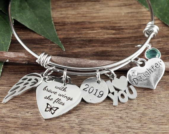 Graduation Bracelet, With brave wings she flies Bracelet, Motivational Gift, Angel Wing Bracelet, Graduation gift for her, Gift for Daughter