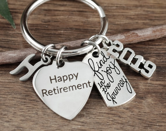 Happy Retirement Gift for her, Personalized Retirement Gift, Retirement Gift, Retirement Keyring, Retirement Gift, Find joy in your Journey