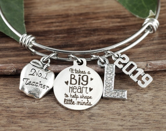 It takes a Big Heart to Teach, Personalized Teacher Gift, Teacher Bracelet, Gifts from Students, Teacher Appreciation Gift, End of Year Gift