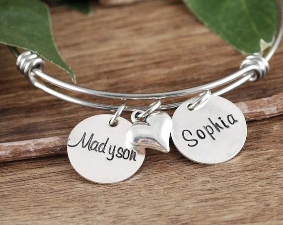 Personalized Custom Mom Bracelet with Names, Personalized Mom Jewelry, Mother's Bracelet, Name Bracelet, Mommy Bracelet, Mother's Day gift