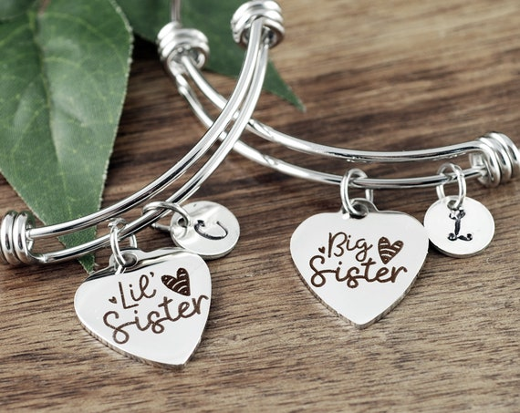 Personalized Big Sis & Lil Sis Bracelets, Bracelet for Sisters, Gifts for Sister, Sisters Bracelet, Charm Bracelet, Sister Birthday Gift