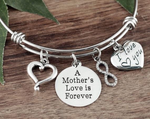 A Mother's Love is Forever Bracelet, Bracelet for Mom, Gift for Mom, Mother's Bracelet, Mother's Gift, Gift for Mom, Charm Bracelet for Mom