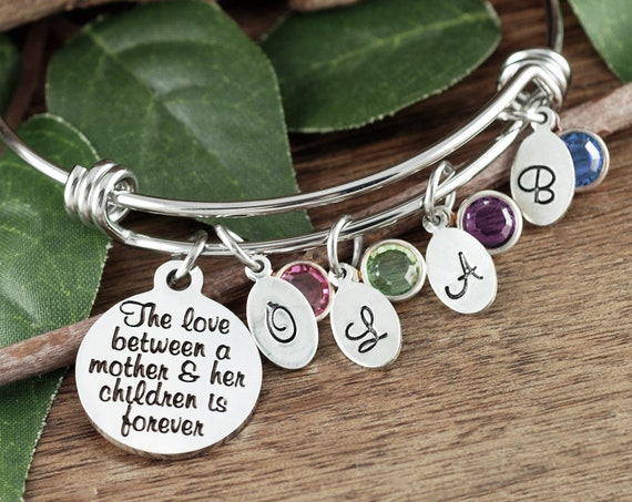 The Love between a Mother and Child, Personalized Mom Bracelet, Mother's Bangle Bracelet, Gift For Mom, Gift For Mother's, Bracelet for Mom