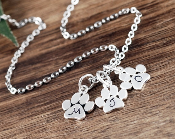 Personalized Dog Mom Necklace, Initial Necklace, Dog Paw Gift, Pet Memorial Necklace, Pet Loss Gift, Pet Memorial Gift, Puppy Love Necklace