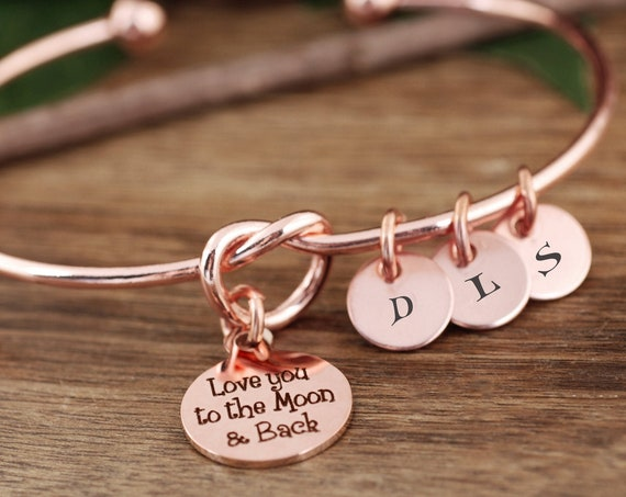 Love you to the Moon & Back, Personalized Mom Bracelet, Gift for Grandma, Gift from Grandkids, Knot Bangle Bracelet, Initial Bracelet Mom