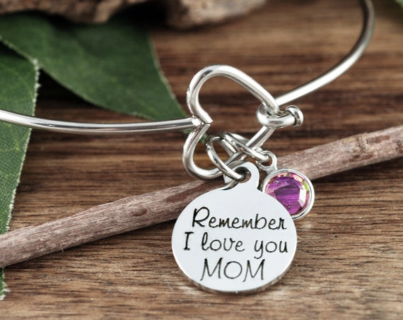 Remember I love you MOM, Personalized Mom Bracelet, Mother's Gift, Heart Bangle Bracelet, Silver Heart Bangle Bracelet, Gift for Mom