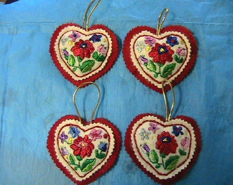 "HUNGARIAN silk emroidered KALOCSA 3-3/4"" HEART ornament~New~handmade by me"