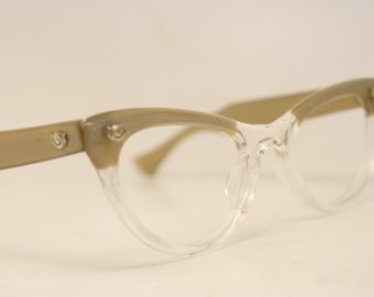 c3ec6d208608 Unused Brown Clear Lucite Vintage Cat eye glasses cat eye frames NOS