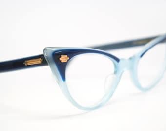4f993fab791 Vintage eyeglasses cat eye glasses by VintageOpticalShop on Etsy
