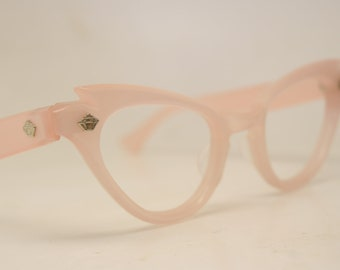 fcc31614d34 Unused Pink Lucite Vintage Cat eye glasses cat eye frames NOS