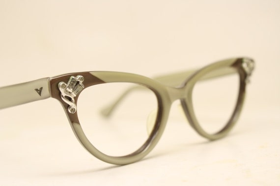 9f4ecc897a Unused Small Brown Gray cat eye glasses vintage cateye