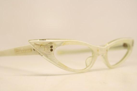 1e3892c5f3f2 Unique Small NOS White Pointy Vintage Cat Eye Glasses cat eye   Etsy