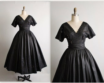50's Cocktail Dress //  Vintage 1950's Embroidered Black Taffeta Illusion Full Cocktail Party Dress S