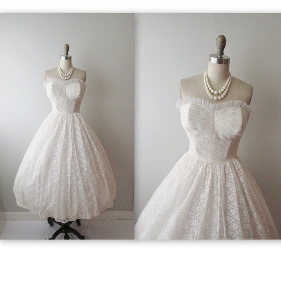 Vintage Wedding Dress Xs: Items Similar To 50s Wedding Dress // Vintage 1950s