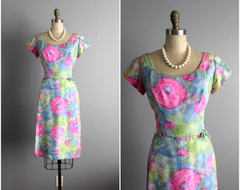 50's Wiggle Dress // Vintage 1950's Floral Silk Fitted Kay Selig Spring Garden Cocktail Party Dress L