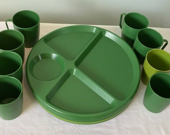 Vintage Lustro Ware / Vintage Plastic Dishes / Cups & Divided Serving Trays Plates / Avocado Green / Camping / Patio / Picnic / Glamping /
