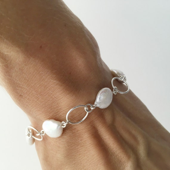 Pearl and Circle Bracelet Coin Pearl Bracelet Wedding Bracelet Bridal Bracelet Pearls and Silver Circles