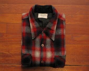 mens vintage Montgomery Ward shadow plaid flannel shirt