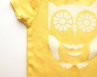 Bright-eyed Owl Baby Onesie (Golden Yellow and White) 0-3M Baby Bodysuit