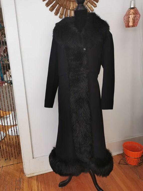 Vintage Black Wool Princess Coat With Shearling tr