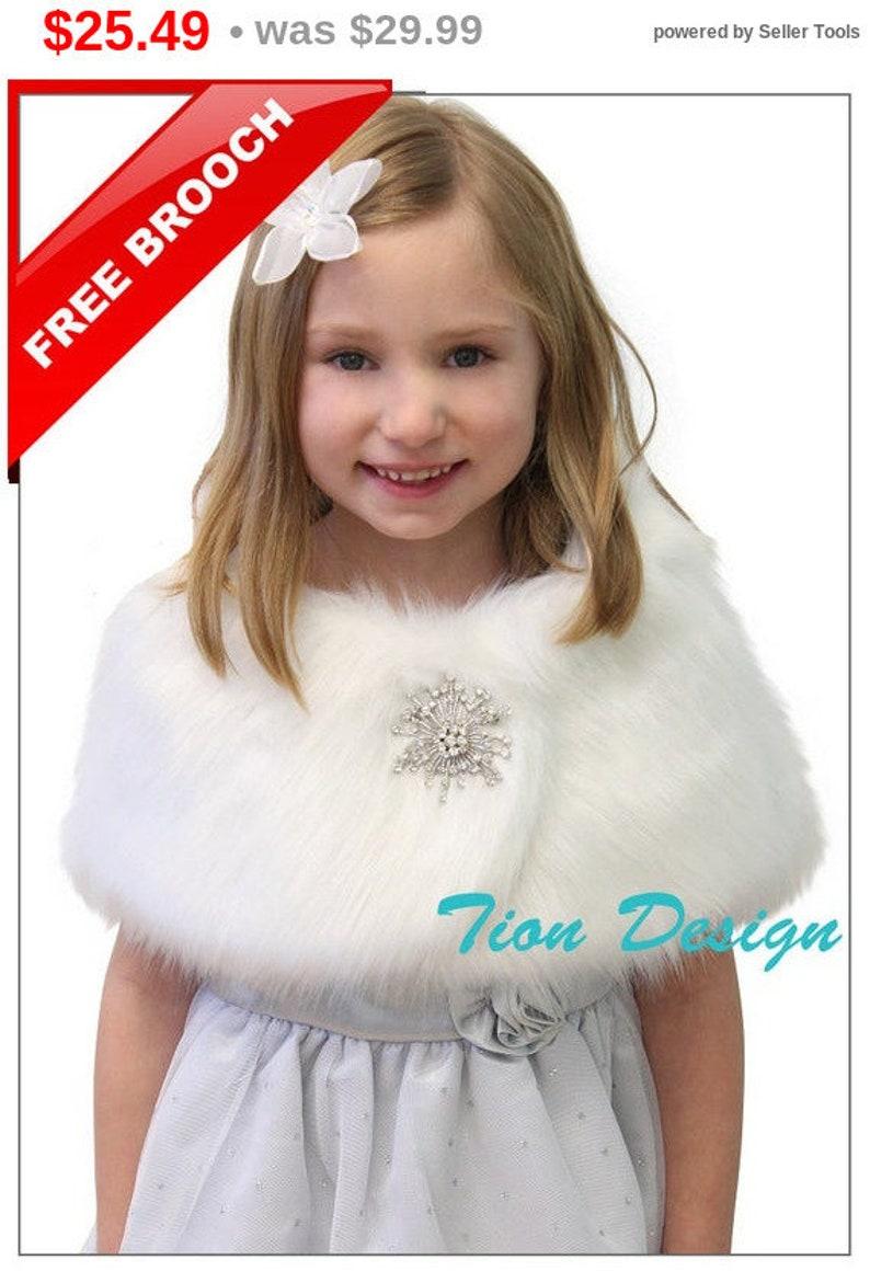 19f8b157d77 Bridal wrap, White Faux Fur Wrap Flower Girl, Fur Shrug Faux Fur Stole Fur  Shawl, bridal stole, for FLOWER GIRLS 309NF-FG