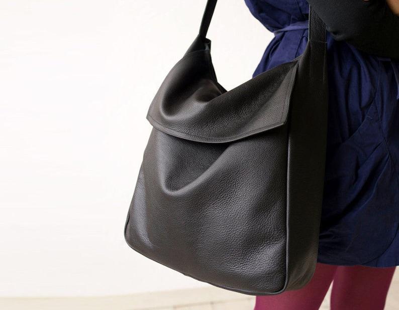 ce058588345f FOKS FORM Tote Bag 08 Minimal leather tote bag handbag