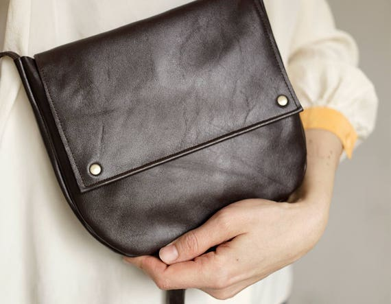63bc6414927f FOKS FORM Mi Bag 09 Minimal leather shoulder bag messenger