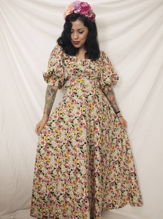 1960s-1970s Pastel Floral Witchy Bohemian Maxi Dre
