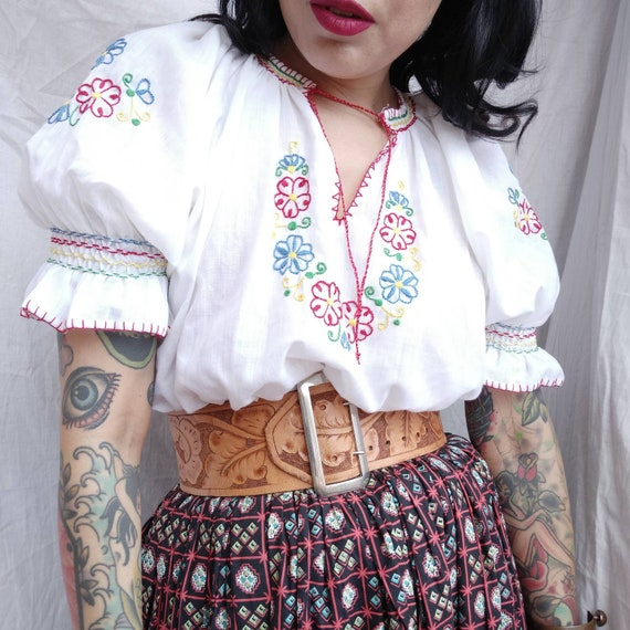 1960s does 1930s Hungarian Embroidered Peasant Bl… - image 2