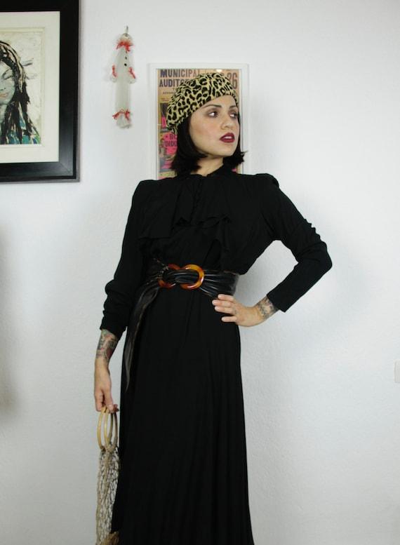 1930s Black Art Deco Dress With Ruffled Collar, Fe
