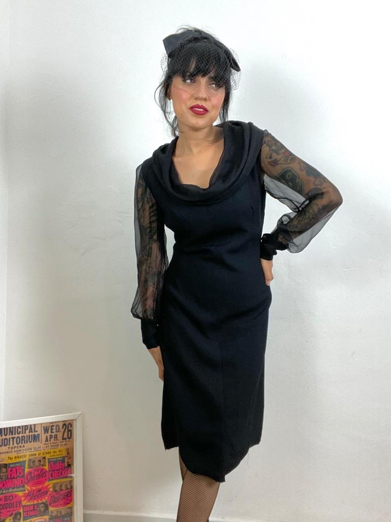 Mod Dress 1960s Black Sheath Mod Dress Cowl Neck 1960s Party dress Waist 32-34