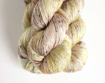 LENTEN ROSE merino silk  100g  438yd Lilli  art yarn  hand painted yarn speckles