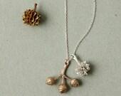 PAREJA necklace