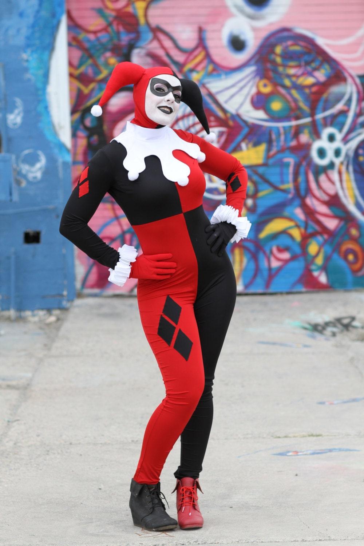891d0a4cb95908 Classic Harley Quinn costume replica
