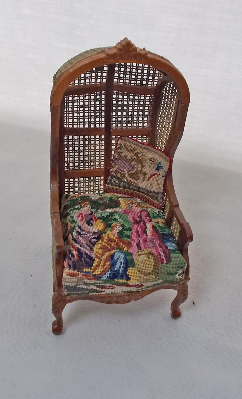 Dollhouse Miniature JiaYi Canvas Hooded Canopy Chair in Figural Petit Point Puppenstuben & -häuser