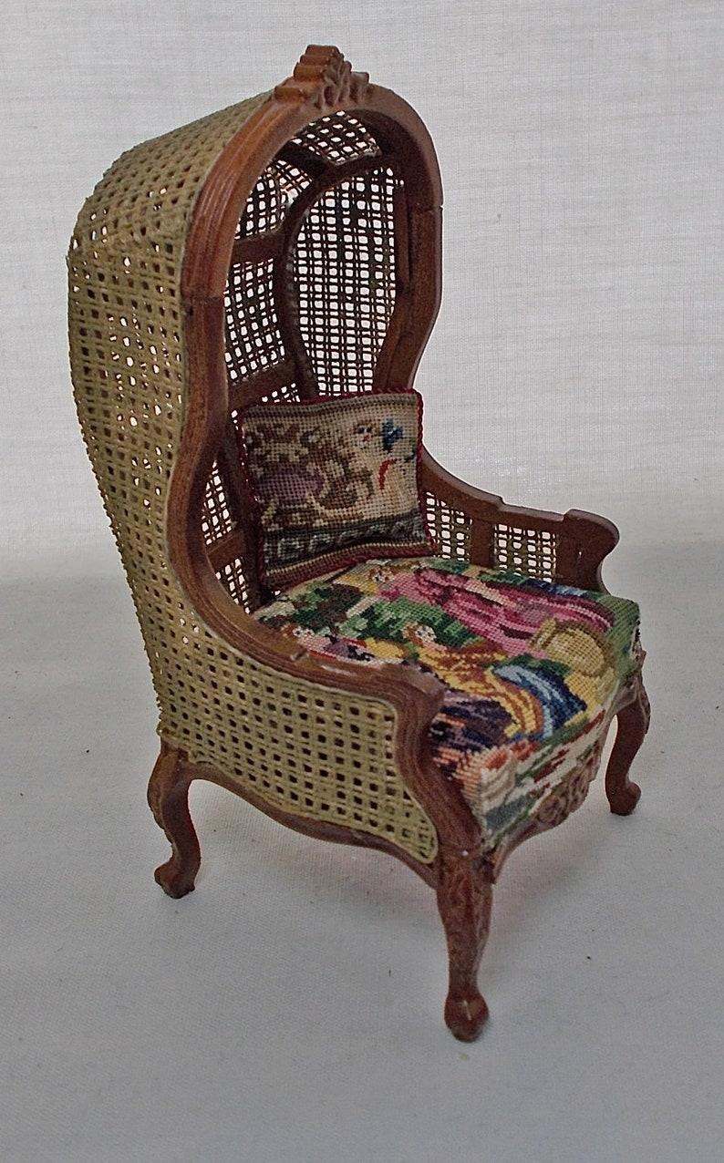 Möbel für Puppenstuben & -häuser Dollhouse Miniature JiaYi Canvas Hooded Canopy Chair in Figural Petit Point