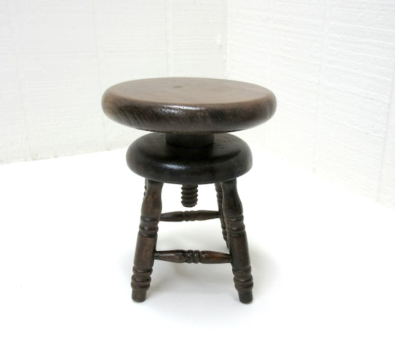 Antique Doll House / Salesman Sample Piano Stool Swivel Seat