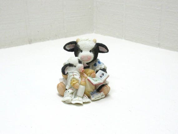 Vintage Mary's Moo Moos Figurine Enesco 1993 Cow Girl Reading To Baby Cow Pasture Bedtime