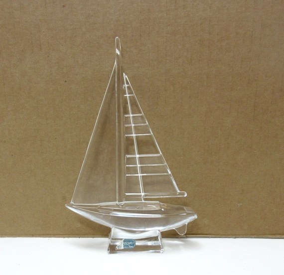 Cristal D'Arques 24% Lead Crystal Sailboat Figurine Made in France