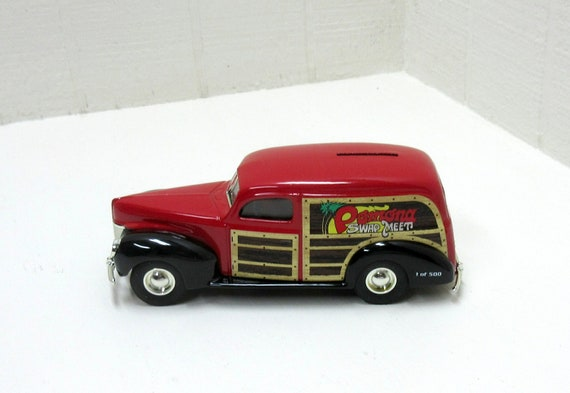 Vintage Ertl Pomona Swap Meet 1940 Delivery Van Die Cast Metal Bank