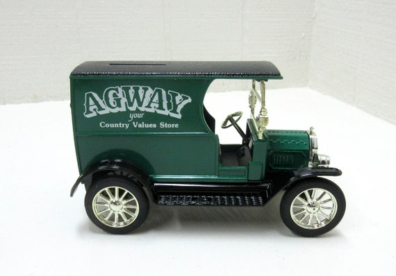 Vintage Ertl 1912 Open Cab Bank Agway Country Values Store 1/25 Scale Die-Cast Replica