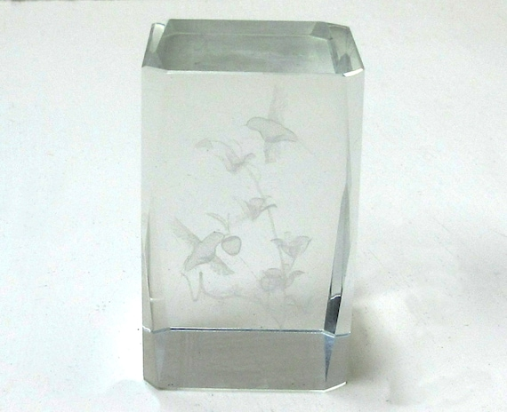 Vintage Glass Cube Paperweight With Hummingbirds