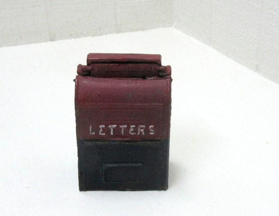 Vintage Cast Iron Toy Post Office Mail Box Mechanical Coin Piggy Bank