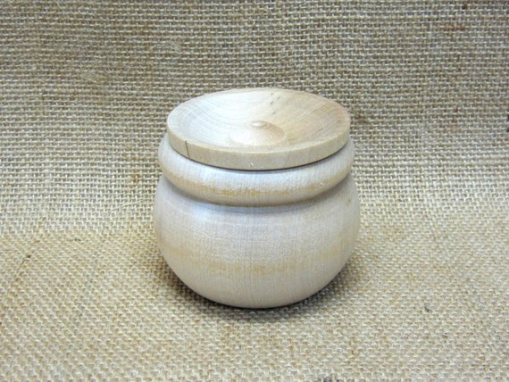 Wooden Bean Pot Trinket Box
