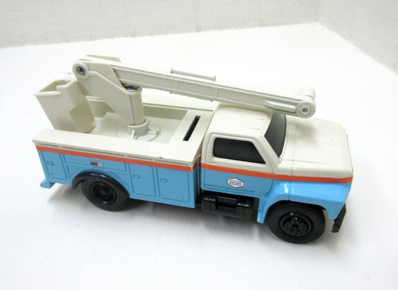 Vintage 1993 ERTL Die-Cast Baltimore Gas & Electric CO. 1993 Ford Bucket Truck Coin Bank